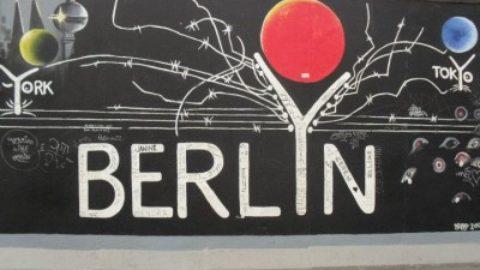 Che conoscenze hai del Muro di Berlino?