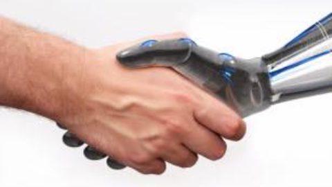 """""""Robot, un aiuto o un pericolo?"""""""