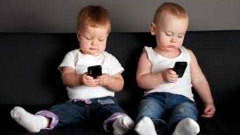 E basta con sti telefoni!
