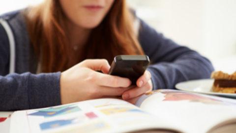 Cellulare: utilità o danno?