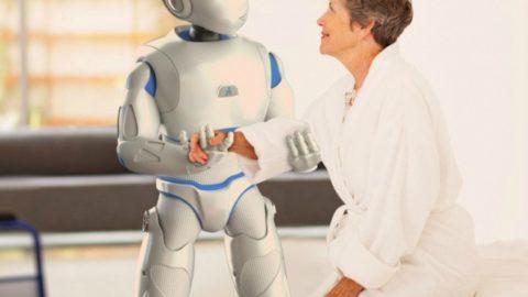 Avere un robot come badante, è un vero aiuto per gli anziani?