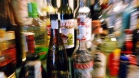 I RAGAZZI E L'ALCOOL:BASTA AI DIVERTIMENTI INSENSATI