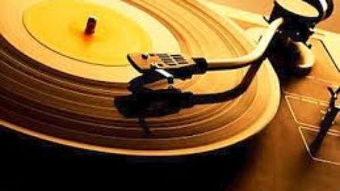 il ritorno dei dischi a vinile: tradizione o progresso?