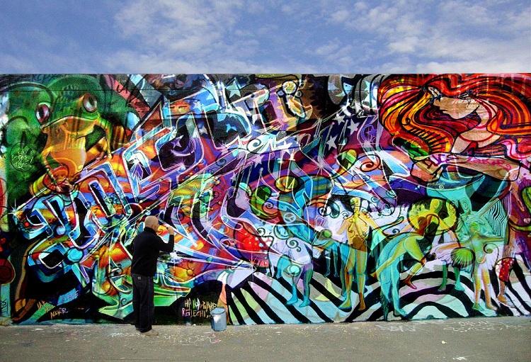 Bombolette Spray Per Murales.Graffiti E Murales Conoscerli Per Apprezzarli Il