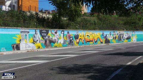 Graffiti e murales: tollerarli o condannarli?