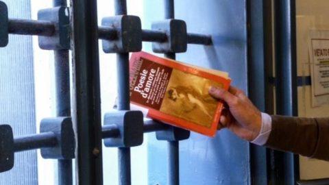 Evadere da una cella con un libro