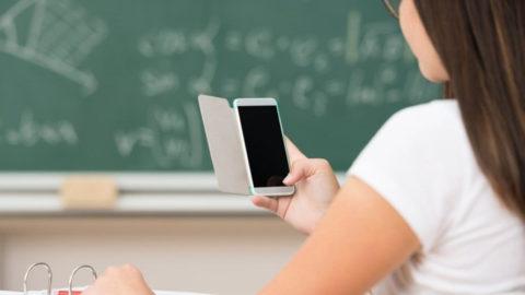 Il cellulare: un metodo alternativo per studiare oppure no?