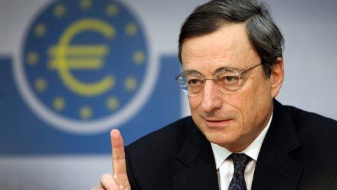 """Mario Draghi: l'uomo definito """"super"""""""