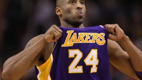 Kobe Bryant , un grande uomo dentro e fuori dal campo.